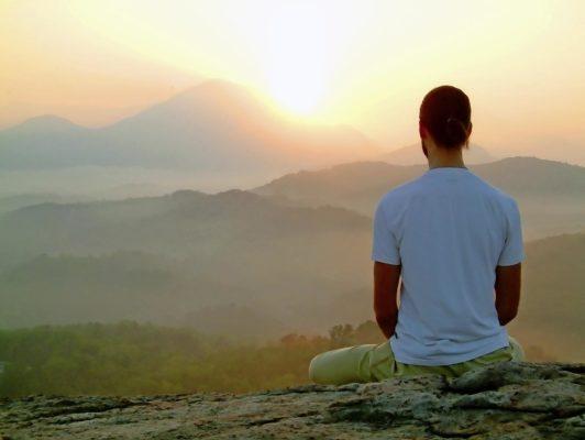 Meditation in den Alltag integrieren